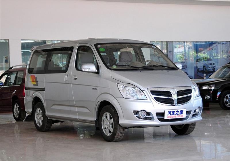 2012款2.0L商务舱豪华版短轴版4Gi-VVT