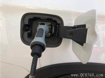 新能源车发展背后 召回率达13%、三年车龄贬值过半